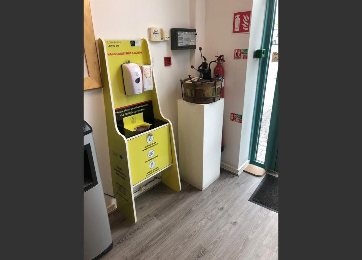 GT Sanitising Station – GT Carpentry