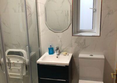 Bathroom, Dun loaighre